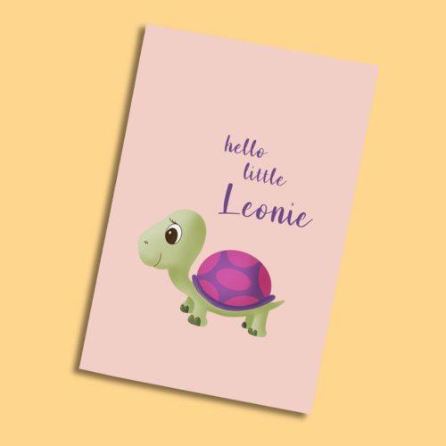 Personalisierbare Karte zur Geburt mit Schildkrötenmädchen